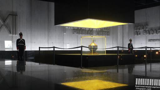 Monument and Mausoleum of José Gervasio Artigas at the Plaza Indepedencia in Montevideo, Uruguay