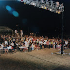 Alajuelita Crusade thousands gather.jpg