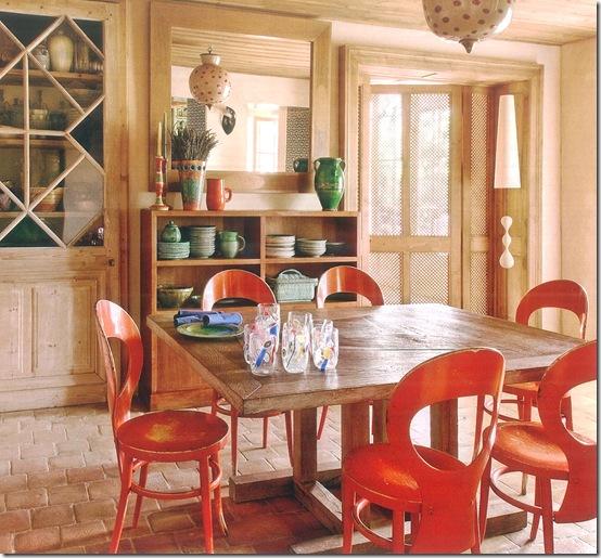 Casa de Valentina - via Côte Sud - cadeiras vermelhas