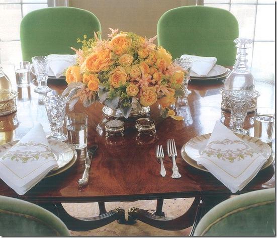 Casa de Valentina - via Martha Stewart - mesa tradicional sem jogo americano