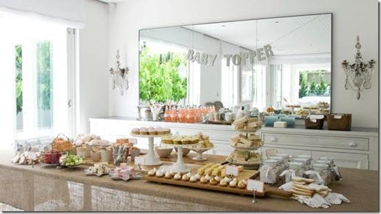Casa de Valentina - via Brides Little White Book - um chá de bebe rústico em tons claros - mesa completa