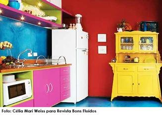 Cozinha colorida. Foto retirada do site da Bons Fluídos cópia