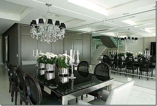 Sala em branco e preto