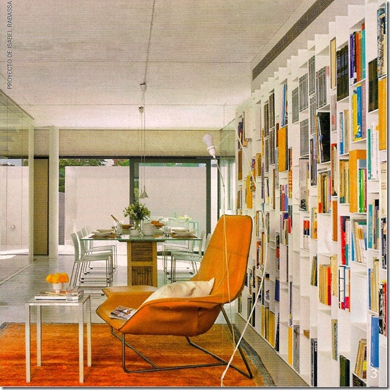 Casa de Valentina - Arquitectura Y Diseño - prateleira cobrindo toda parede
