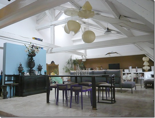 Casa de Valentina - uma msitura interesante de estilos e cores na sala