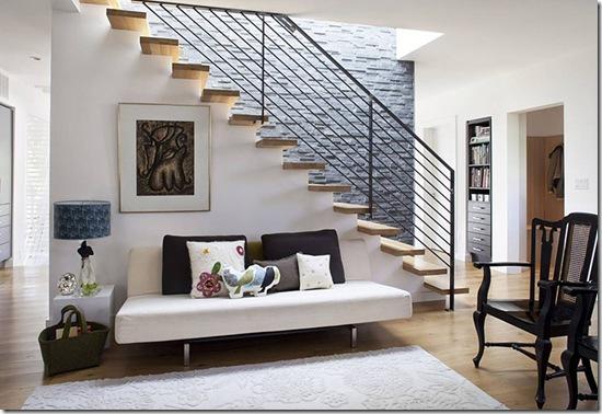 Casa de Valentina - Feldman Architecture - uma casa de 1960 em San Francisco - sala de estra com escada