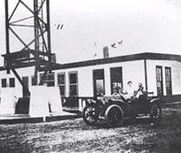The Telefunken Broadcast Building 1916 Sayville-Sheva Apelbaum