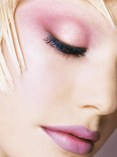 Its all about pastel colored eye shadows, nude pink lips, and soft rosy ...