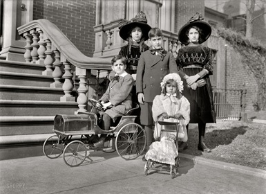 Naon Children, 1912