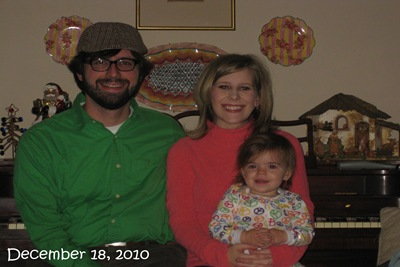(80)Family Picture (December 18, 2010)_20101218_001