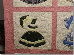 Colonial Ladies Quilt 003