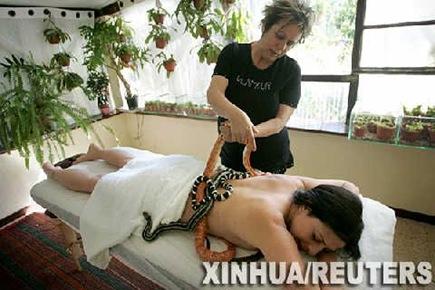 snake_massage_05