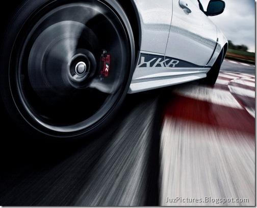 2011-Jaguar-XKR-Special-Edition-6