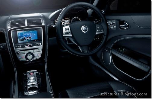 2011-Jaguar-XKR-Special-Edition-14