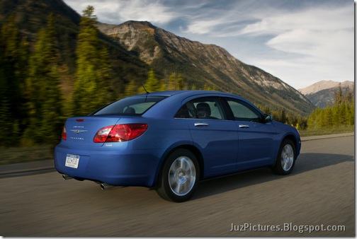 2010-Chrysler-Sebring-3