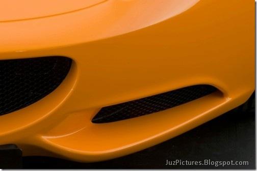 2011-Lotus-Elise-5