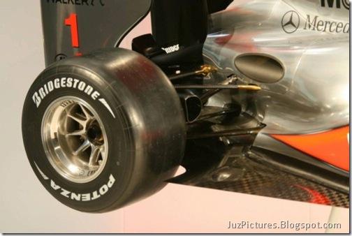 McLaren-MP4-25-14