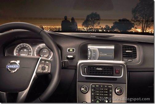 2011-Volvo-S60-Sedan-47