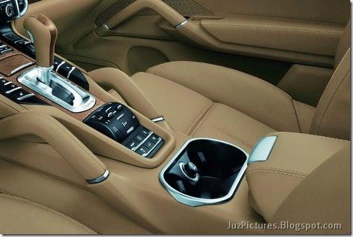 2011-Porsche-Cayenne-SUV-117