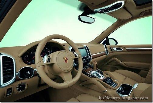 2011-Porsche-Cayenne-SUV-125