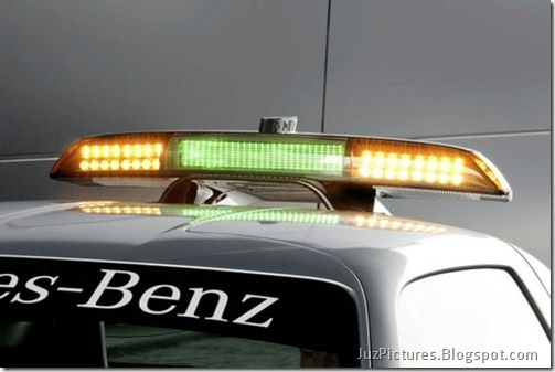 Mercedes-Benz-SLS-AMG-F1-Safety-Car-11