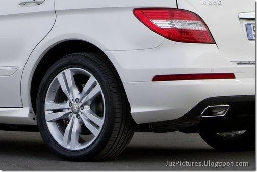 2011-Mercedes-R-Class-14