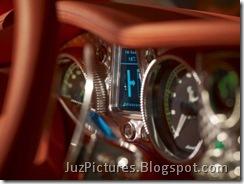 2009-spyker-c8-aileron-speedometer