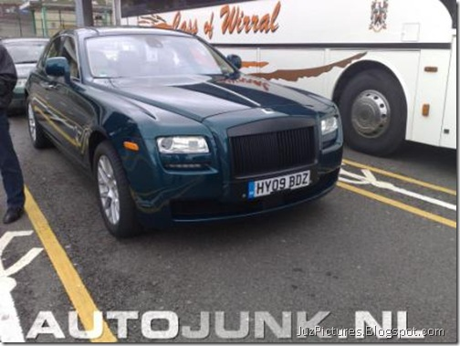 2010-rolls-royce-ghost-front-right1
