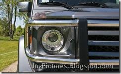 2009_mercedes_benz_g550_headlights