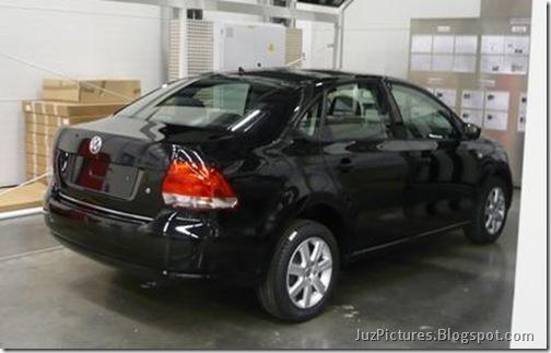 VW-Polo-sedan-Vento-spy-pictures_2