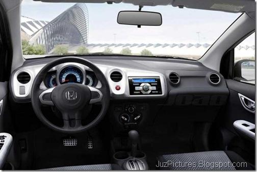 honda-brio-sedan-interiors