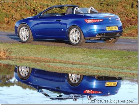 Alfa Romeo Spider UK Version13