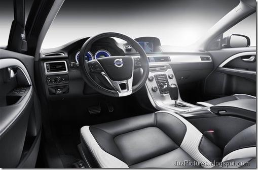 2012 Volvo V70 R-Design5