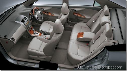 Toyota-Corolla-Altis-facelift-cabin