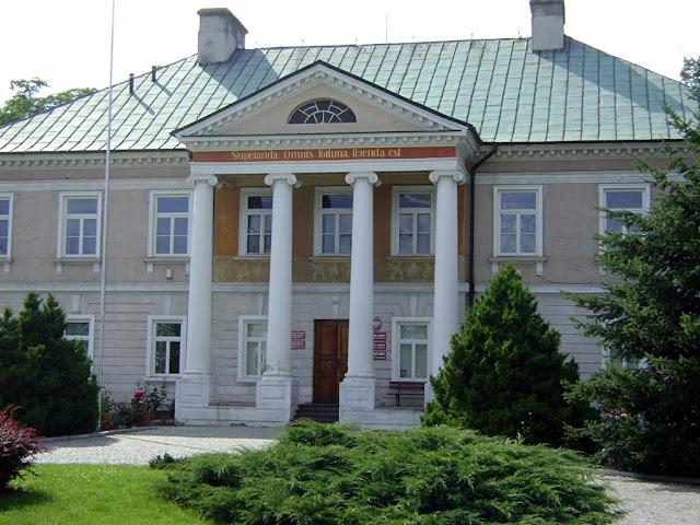 pałac w Gostkowie