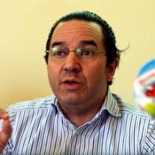 Недонадой. Француз Шафик Хаммади жалуется, что в Украине у него проблемы не только с чиновниками, но и с коровами.