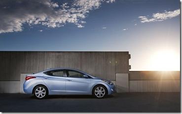 HyundaiElantra_03.jpg 2011 2012