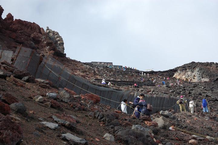 富士山頂を望んだ写真