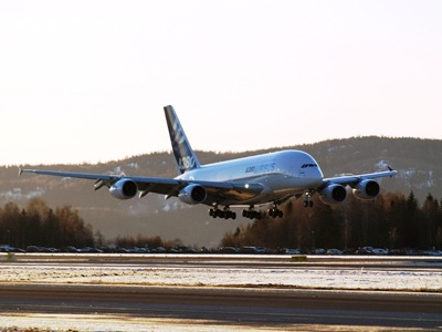 A380-04