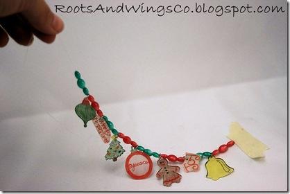 shrinky dink christmas bracelet 9e