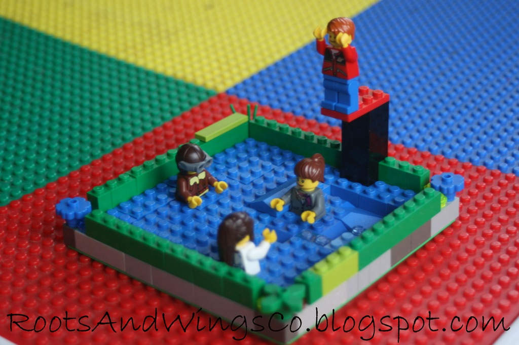 [creative kids lego pool[4].jpg]
