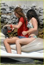miley-cyrus-liam-hemsworth-jet-ski-04