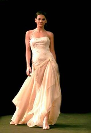 Vestidos de noiva - Cristina Lopes - Casamento de noivas portuguesas - fatos noivos made in Portugal - Lisboa