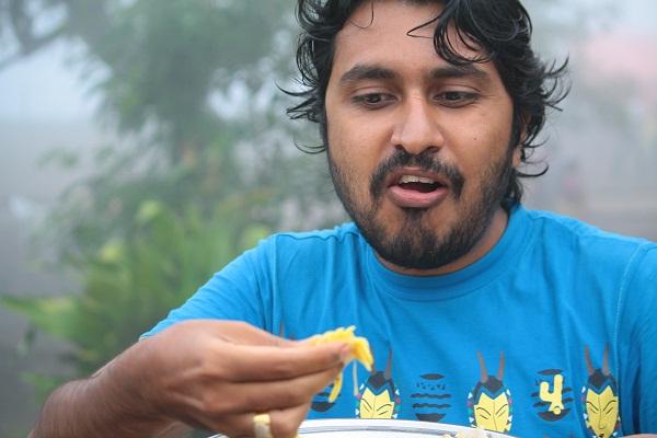 Me, eating and enjoying Pitla Bhakri