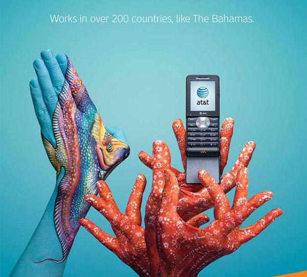 23 creative ads by AT&T [hand-modelling advertisements] - Coral and fish