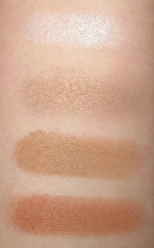 Fard paupieres blanc Mac_swatches_whitefrost_patina_soba_texture