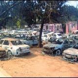 La mort d'un jeune contrebandier enflamme Maghnia : 300 véhicules brûlés dans un dépôt des douanes