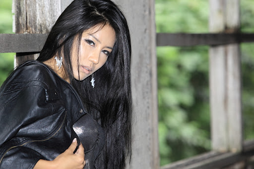 gregory park single asian girls Foreign ladies online dating service specializes in russian, latin, and asian women women write you on the foreignladiescom dating site and translations are free.