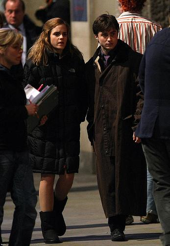Emma Watson and Daniel Radcliffe in the set of Harry Potter and the Deathly