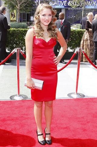 red skirt emily